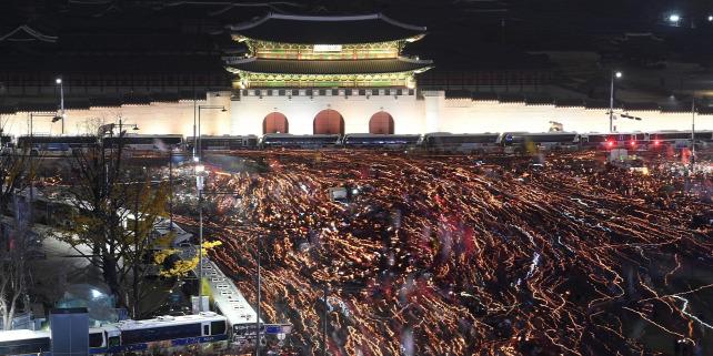 Forrás: MTI/EPA/AFP POOL/Jang Jon Dzse