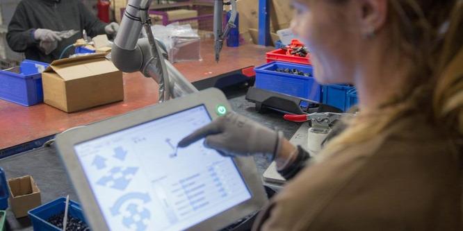 Ingyen tanulhat meg percek alatt robotot programozni
