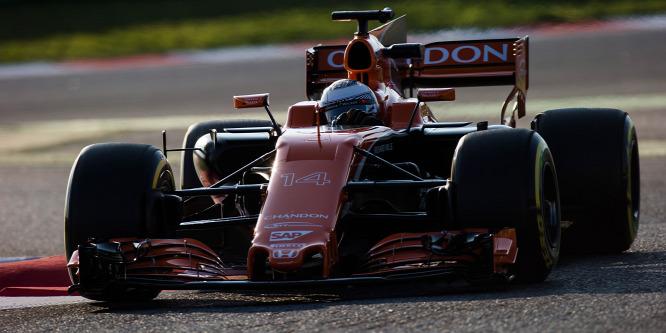 Alonso: A McLaren könnyű célpont