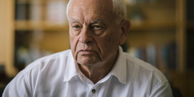 Harrach: Nem szabad beleavatkoznunk a magánéletbe