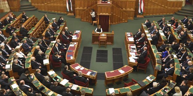 Így nézne ki a parlament, ha most szavaznánk