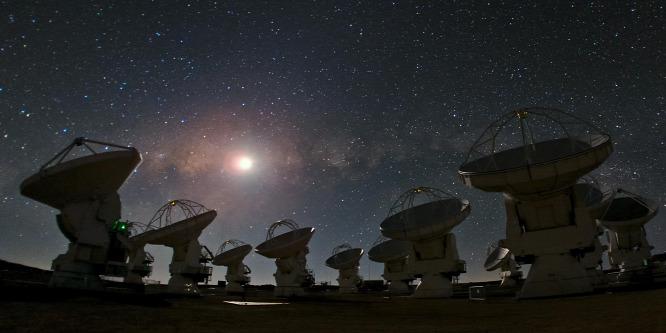 Magyar kutató fejtheti meg a távoli kozmikus korongok titkát