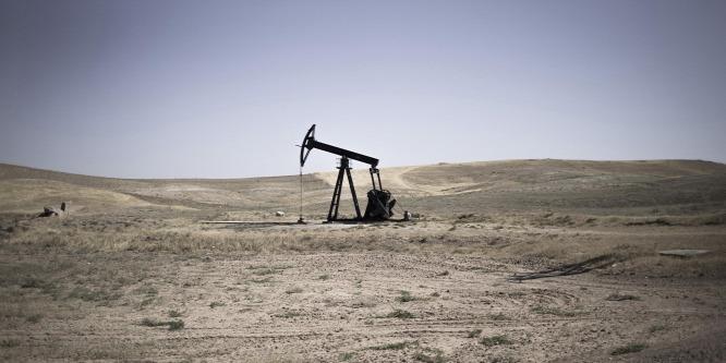 Zuhan az olaj ára, bajban az OPEC