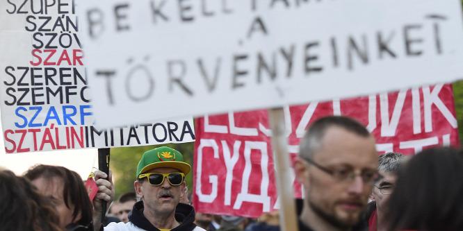 Tüntetés a budapesti orosz követségnél