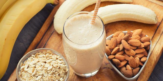 3 egyszerű és nagyszerű reggeli banánnal