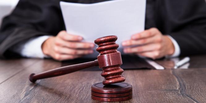 Brutálisan megkínozta és megölte magyar származású barátnőjét a férfi (18+)