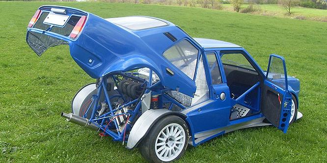 Hihetetlenül őrült autót építettek egy 120-as Skodából