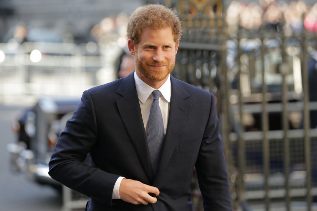 Megjelent a botránykönyv: ezekkel a celebnőkkel kavart Harry herceg