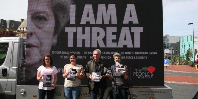 Politikai káosz várhat a britekre
