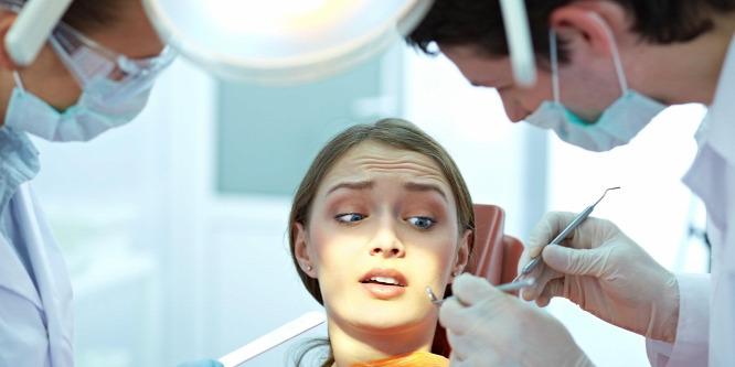 Hogy miért utálok fogorvoshoz járni? Hát ezért!