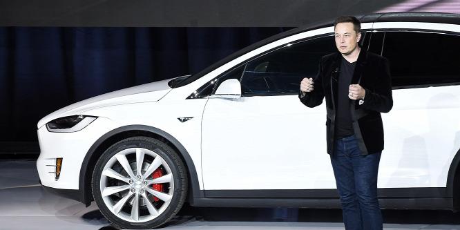 Saját zeneszolgáltatást indíthat a Tesla