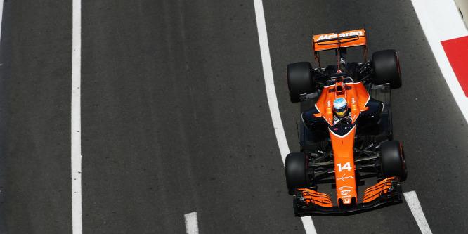 A McLaren csak átmenetileg dobná a Hondát?