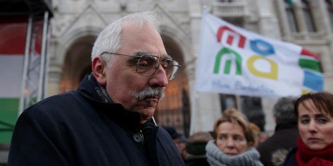Bokros Lajos úgy védte főnökét, Sorost, hogy Orbánt rágalmazta