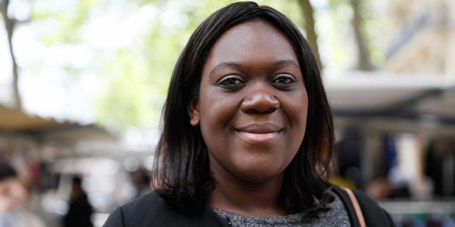 Bemutatjuk a taxisofőr-harapó politikusnőt, aki cenzúrázni akar
