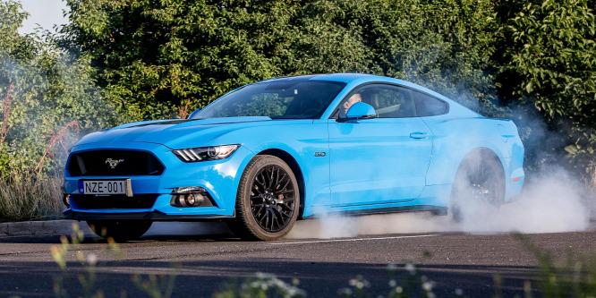 Amerikából jöttem, mesterségem a gumifüstölés – Ford Mustang GT teszt