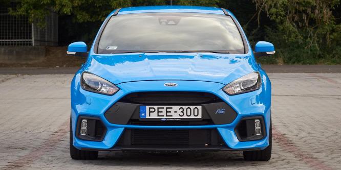 Családi raliautó, amiben garantáltan nem lesz veseköve - Ford Focus RS teszt