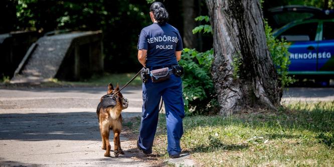 Rengeteget túlóráznak a rendőrök