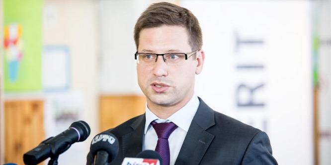 Gulyás Gergely: Szilárd támogatottságot szeretnénk a kormány bevándorláspolitikájához