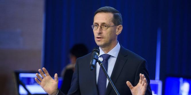 Varga Mihály: A stabilitás megőrzése alapvető