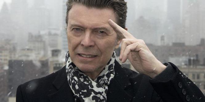 Új gyöngyszemeket rejt Bowie emlékdoboza