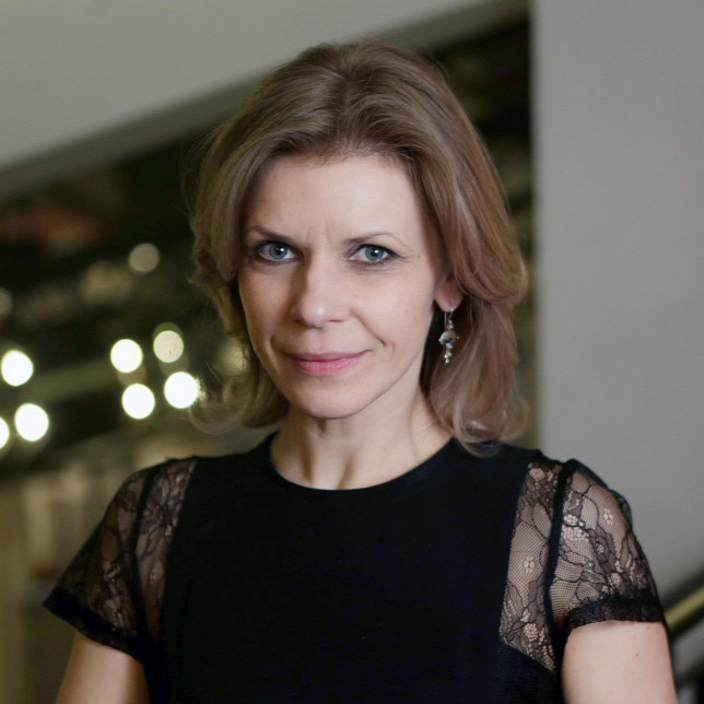 """Résultat de recherche d'images pour """"Judit Schell a dal 2018"""""""