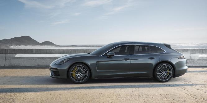 Ha meglátja a tükörben, indexeljen jobbra - Porsche Panamera hibrid és kombi teszt