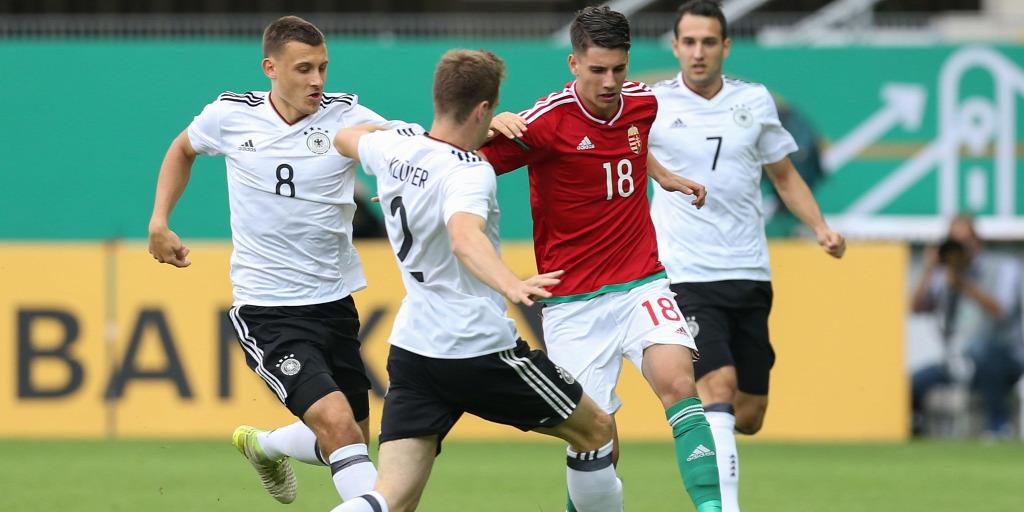 Magyar focista neve a világ legnagyobb reménységei között