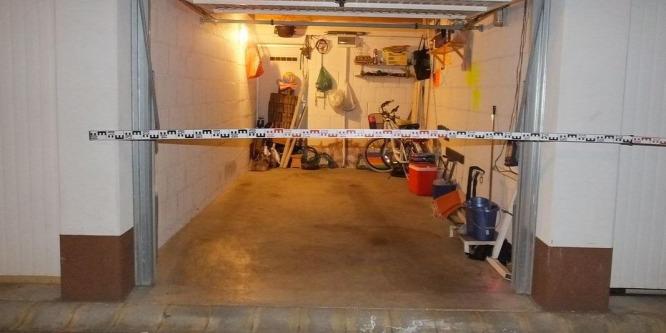 Tizenhét garázst tört fel Debrecenben