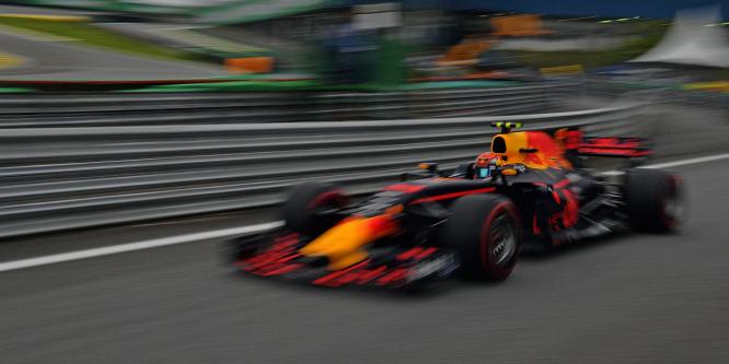 A Renault vacillál, újra gúzsba kössék-e a Red Bullt