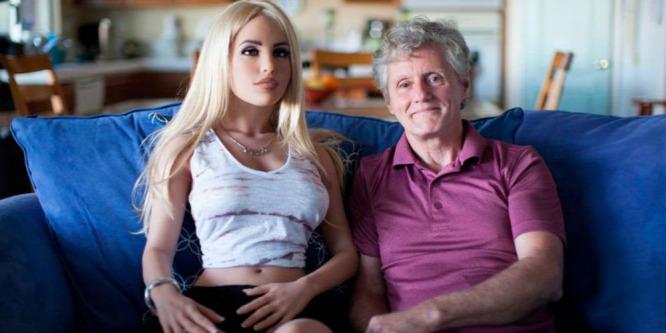 James az 58 éves férj, aki hetente négyszer szexel szexbabájával (18+)