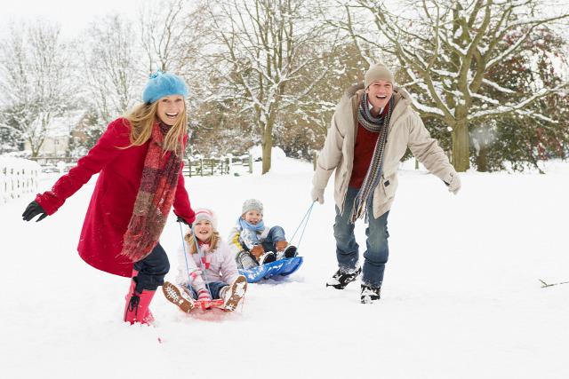 """Képtalálat a következőre: """"együtt a család télen"""""""