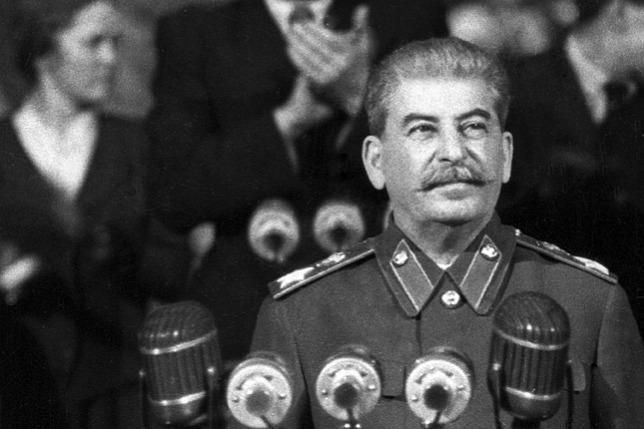 Összevizelt pizsamában vívta haláltusáját a véreskezű diktátor