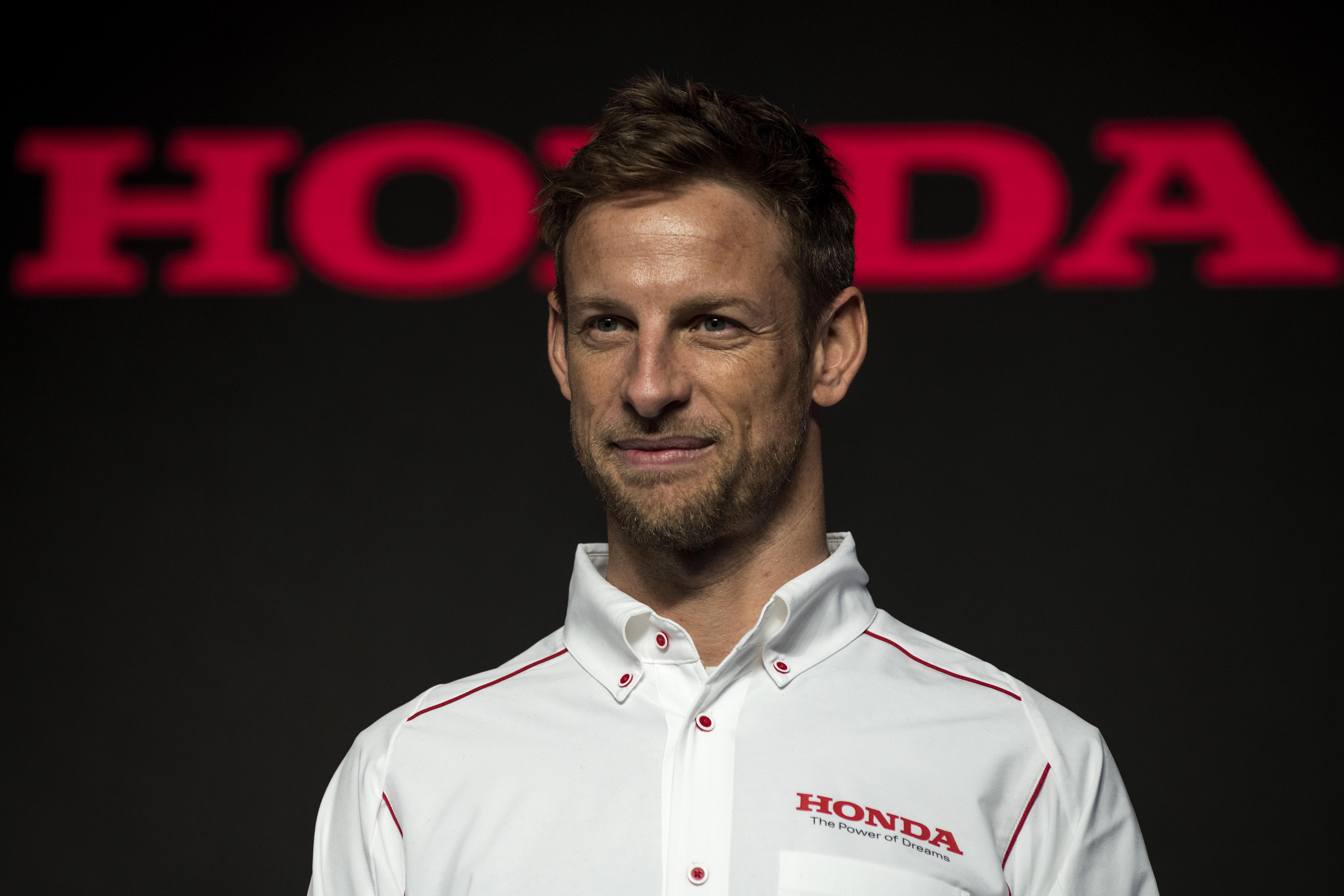 Button és váltótársa megnyerte a Super GT bajnoki címét