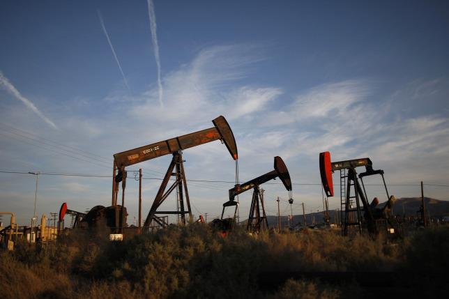 Most meg zuhan a kőolaj ára