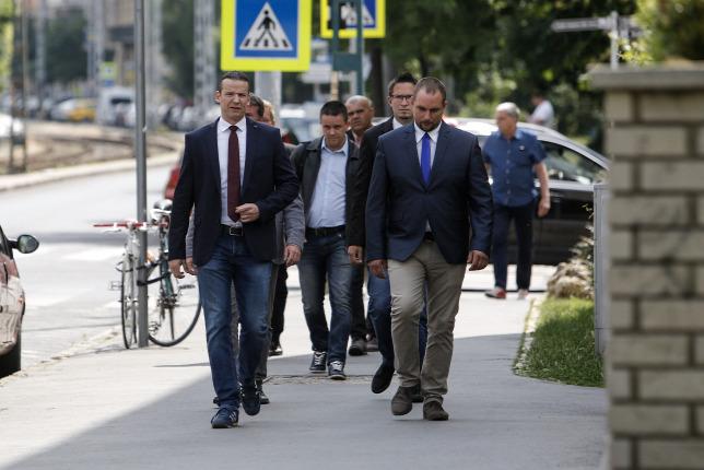 Hétvégén darabjaira hullik a Jobbik