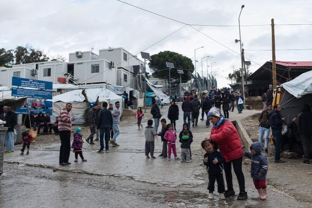 Ötéves gyerekeket is megerőszakoltak egy görög migránstáborban