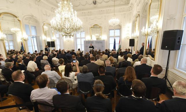 Orbán Viktor a nemzeti érdekek megvédéséről - videó!