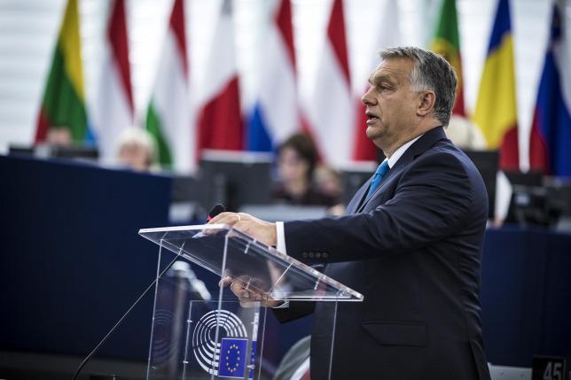 A konzervatív román lap szerint Orbán Viktor a kereszténység védőbástyája