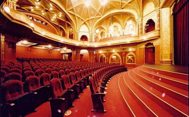 A világ egyik legszebb mozijává választották a budapesti ...